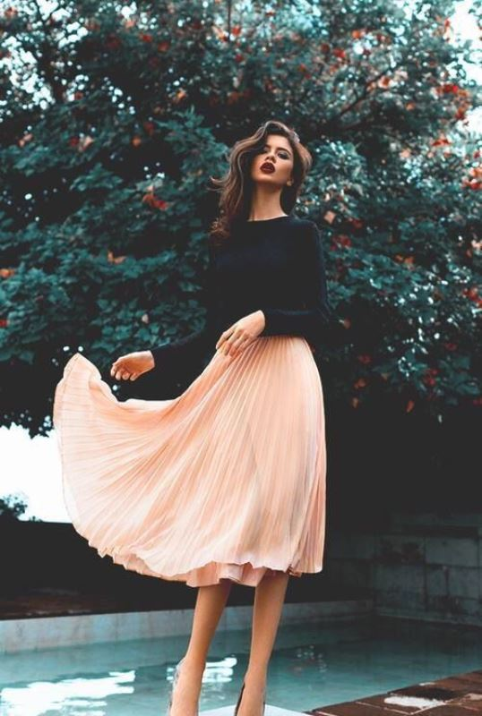 Picture Of stylish summer to fall looks to copy  3