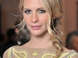 20-trendiest-side-braid-hairstyles-to-rock-17