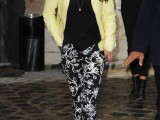 20-wonderful-ways-to-wear-printed-trousers-this-spring-18