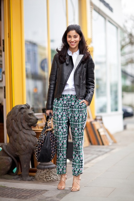 Picture Of wonderful ways to wear printed trousers this spring  3