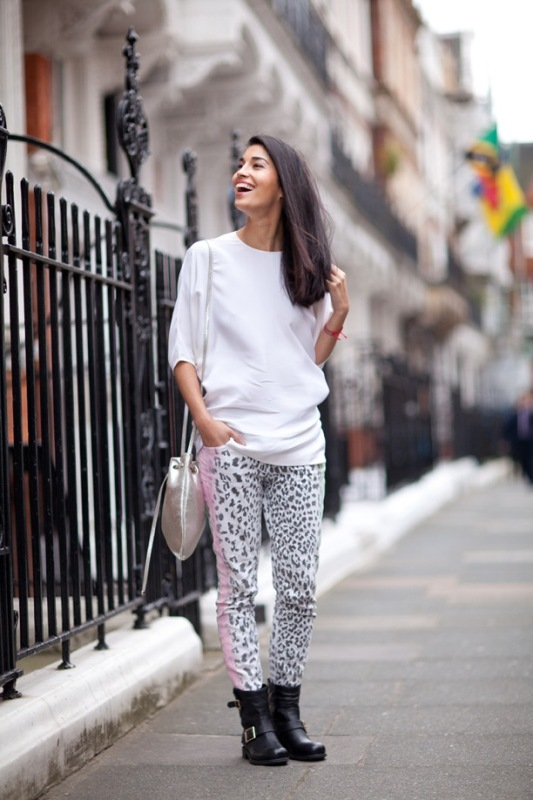 Picture Of wonderful ways to wear printed trousers this spring  5