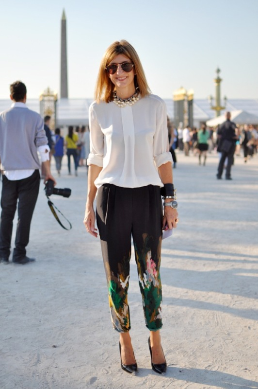 Picture Of wonderful ways to wear printed trousers this spring  6
