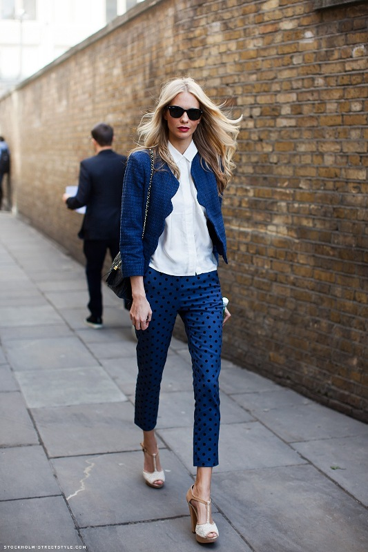 Picture Of wonderful ways to wear printed trousers this spring  7