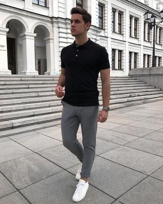 a casual summer men work outfit