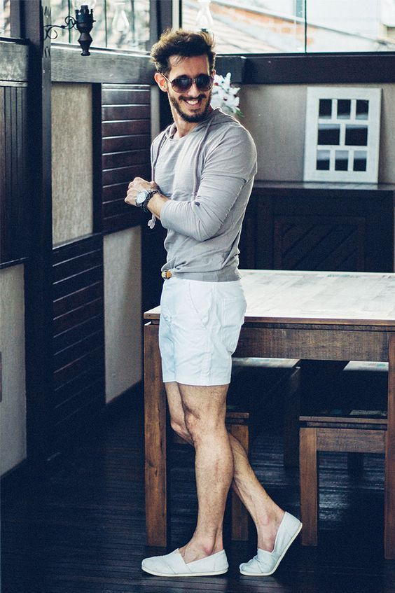 a grey long sleeve top, blue linen shorts, blue espadrilles for a stylish and relaxed seaside look