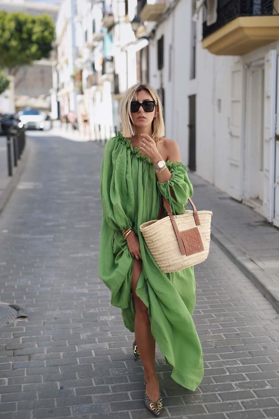 an oversized one shoulder long sleeve maxi dress, a wicker bag and printed shoes for summer