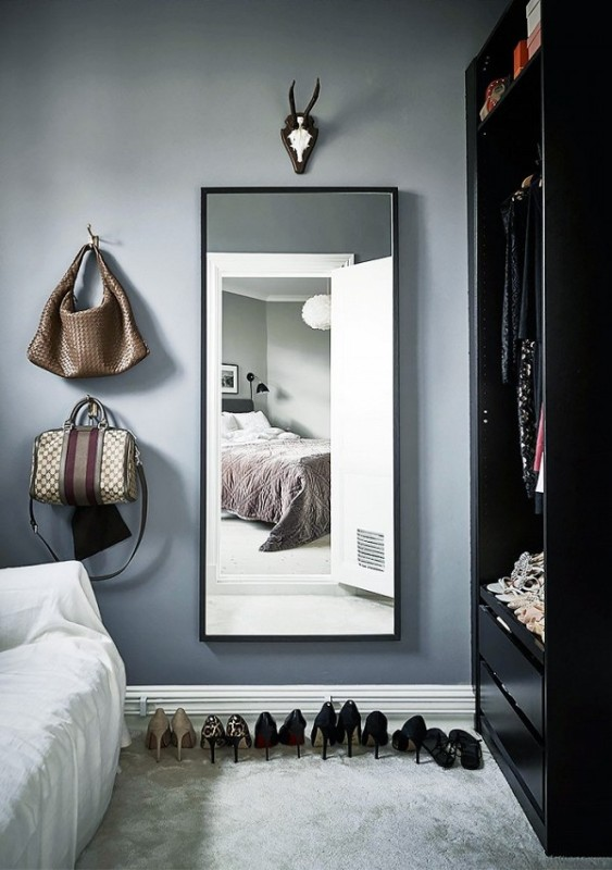 Picture Of simple and stylish minimalist closet ideas  10