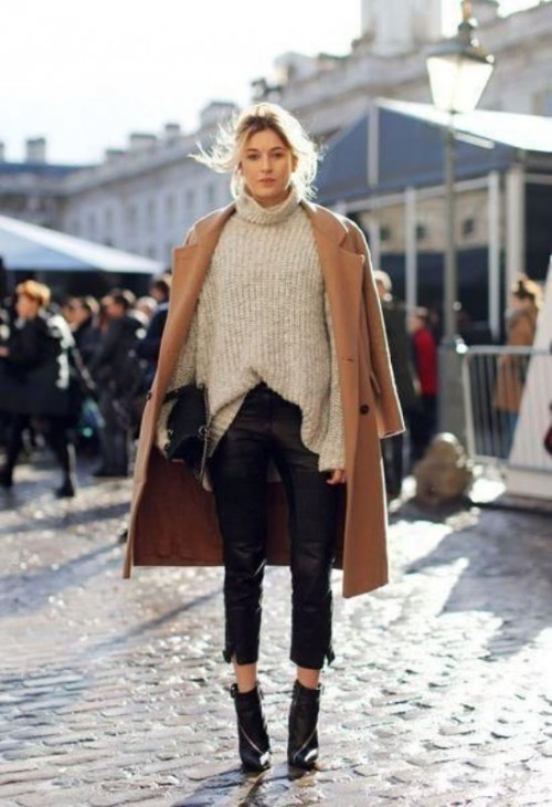 Stylish Oversized Turtleneck Sweater Looks