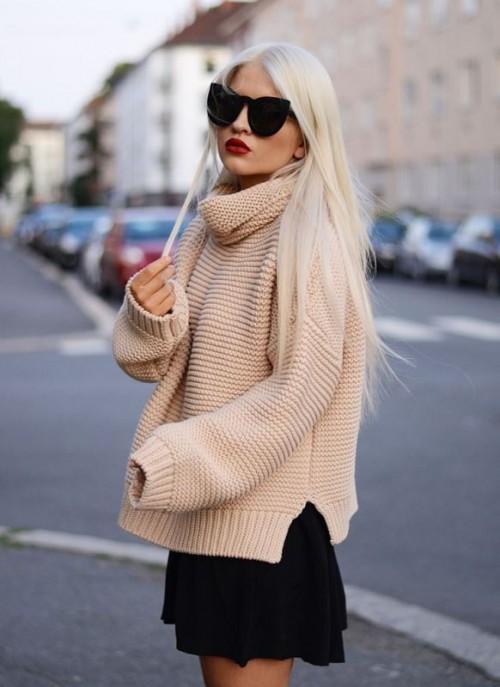 Stylish Oversized Turtleneck Sweater Looks