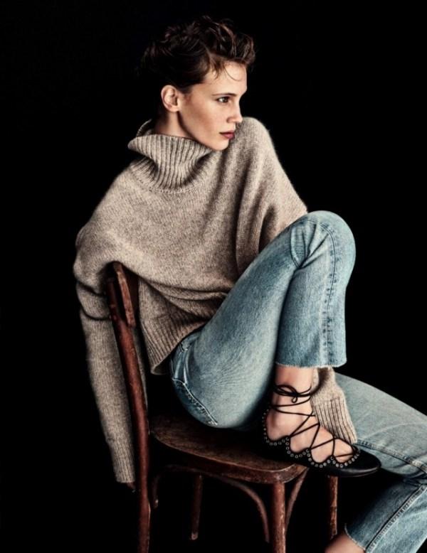 Picture Of stylish oversized turtleneck sweater looks  15