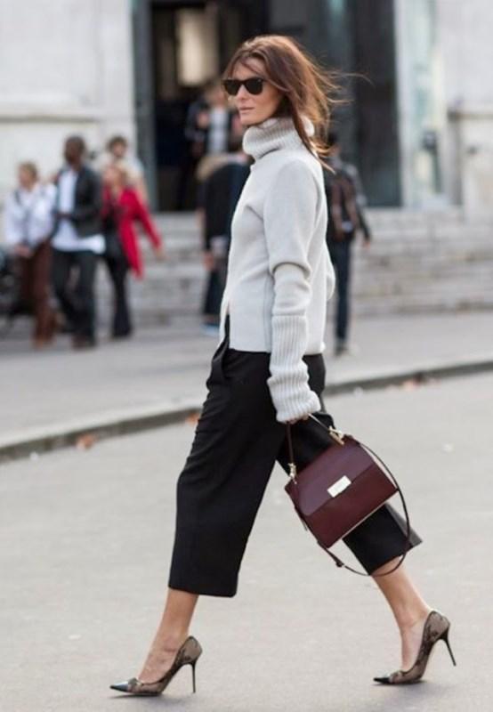 Picture Of stylish oversized turtleneck sweater looks  17