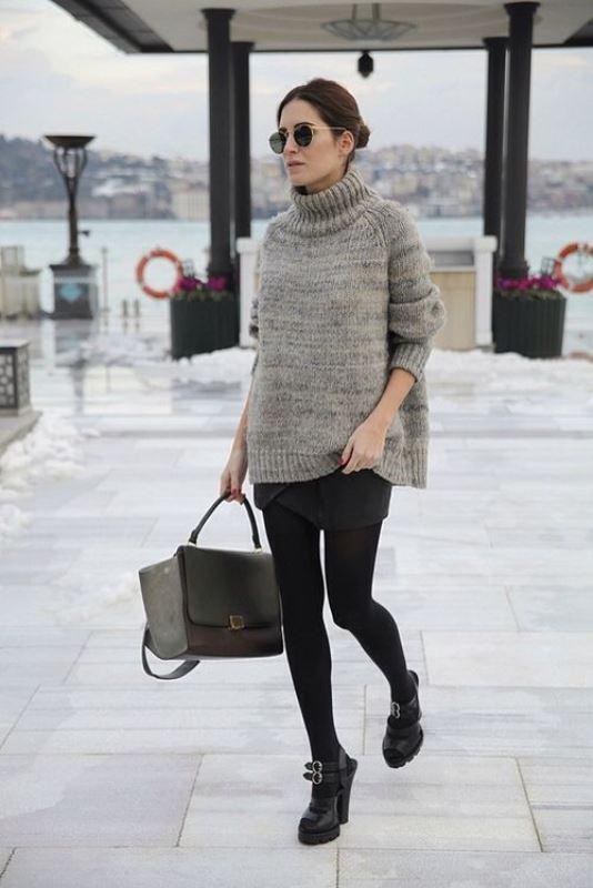 Picture Of stylish oversized turtleneck sweater looks  8