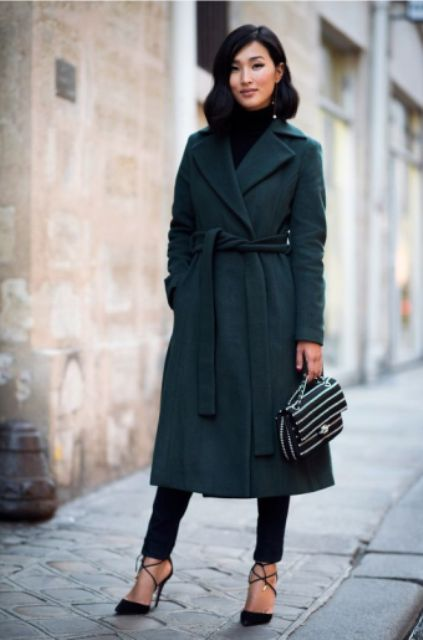 Chic Emerald Coats For A Christmas Mood