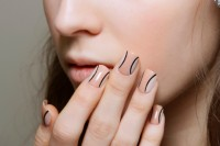 5-main-trends-in-winter-manicure-to-try-1