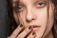 5-main-trends-in-winter-manicure-to-try-10