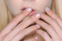 5-main-trends-in-winter-manicure-to-try-18