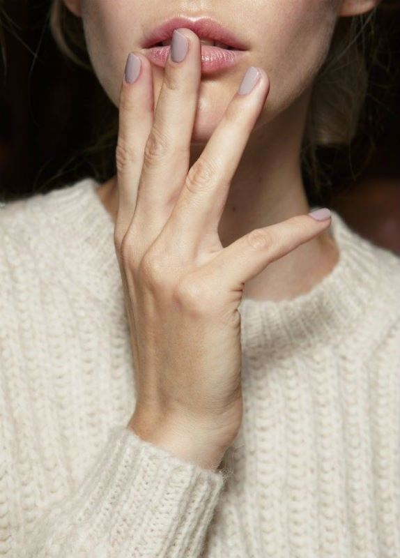 Picture Of 5 main trends in winter manicure to try  19