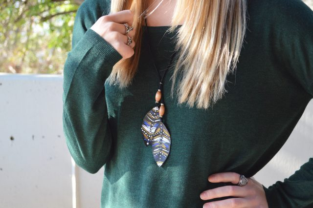 Awesome DIY Leather Feather Lariat Necklace