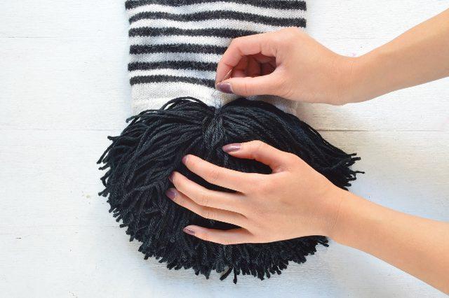 Как сделать кисточки на шарф
