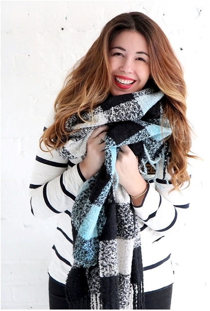 Cute DIY Dip Dye Plaid Scarf For Winter