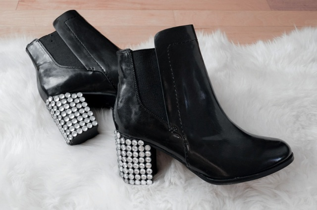 Sparkling DIY Bejeweled Boots For The Holidays