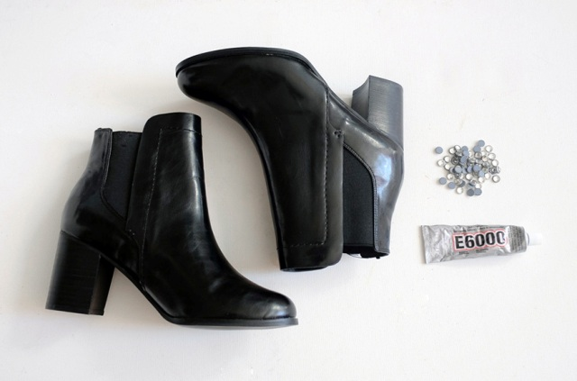 Picture Of Sparkling DIY Bejeweled Boots 2