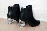 Sparkling DIY Bejeweled Boots6