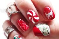 bold-diy-christmas-nail-art-with-rhinestones-1