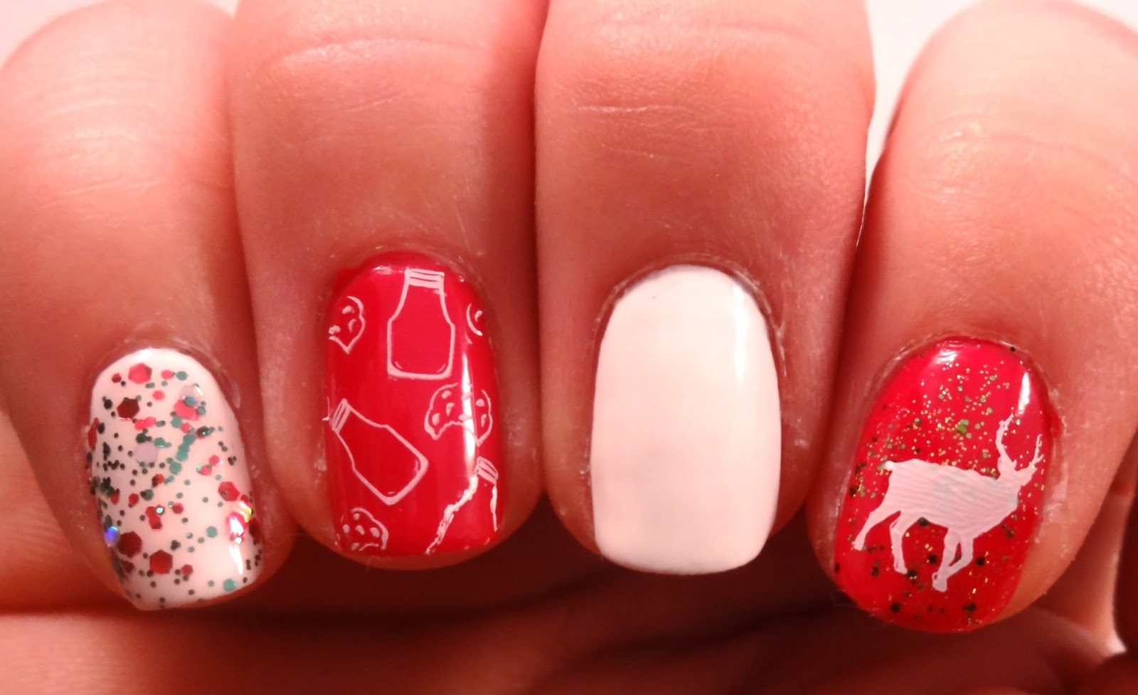 Picture Of bold diy christmas nail art with rhinestones  5
