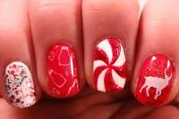bold-diy-christmas-nail-art-with-rhinestones-6