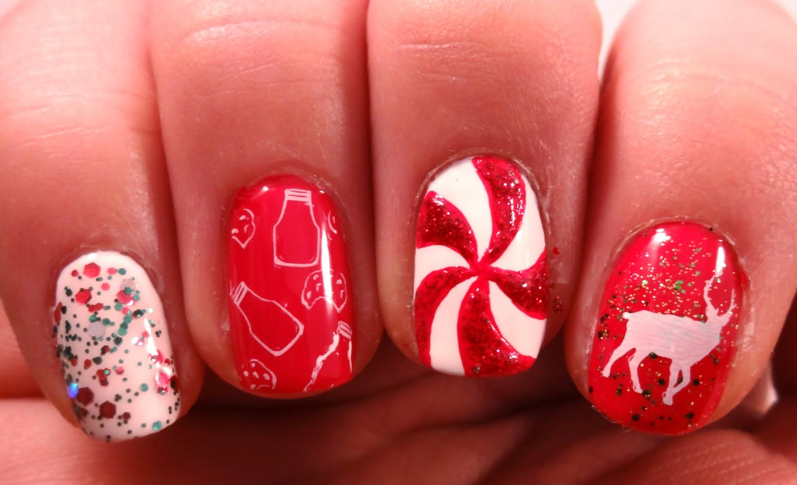 Picture Of bold diy christmas nail art with rhinestones  6