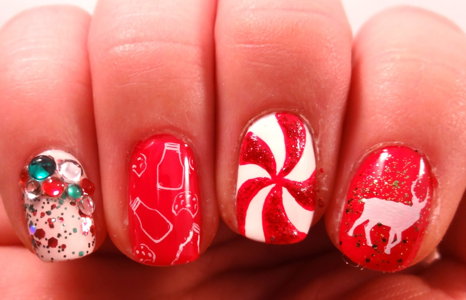 Picture Of bold diy christmas nail art with rhinestones  7