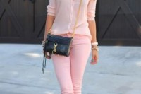 chic-ways-to-rock-rose-quartz-in-your-outfits-19