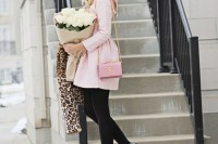 chic-ways-to-rock-rose-quartz-in-your-outfits-30