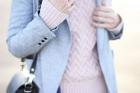 chic-ways-to-rock-rose-quartz-in-your-outfits-4