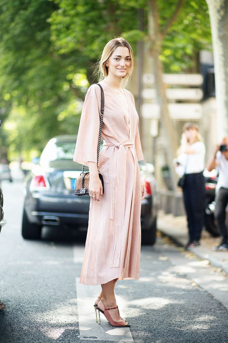 of chic ways to rock rose quartz in your outfits 5