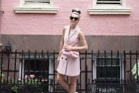 chic-ways-to-rock-rose-quartz-in-your-outfits-6