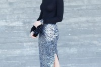 christmas-outfits-with-sequin-pieces-19