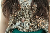 christmas-outfits-with-sequin-pieces-22