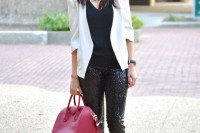 christmas-outfits-with-sequin-pieces-33
