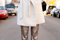 christmas-outfits-with-sequin-pieces-34