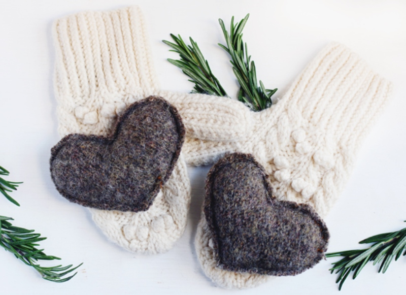 Picture Of cozy and useful diy reusable handwarmers  2