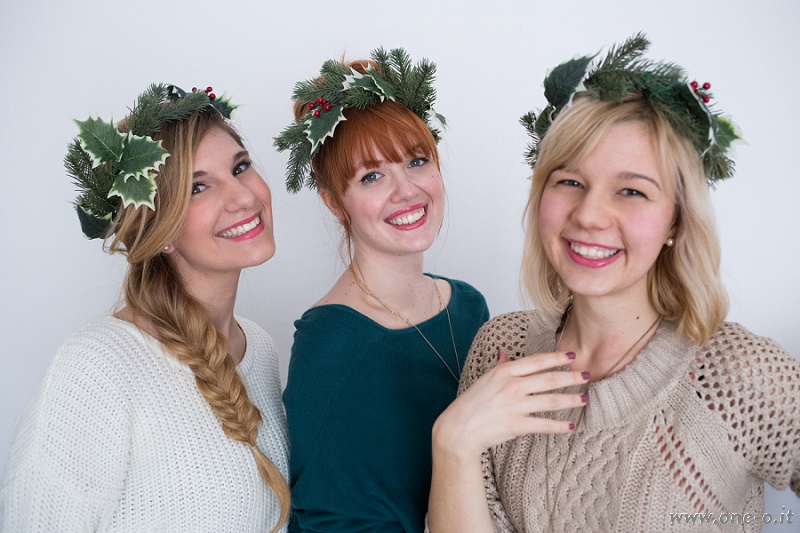 Picture Of cute diy winter crown for your christmas party  1