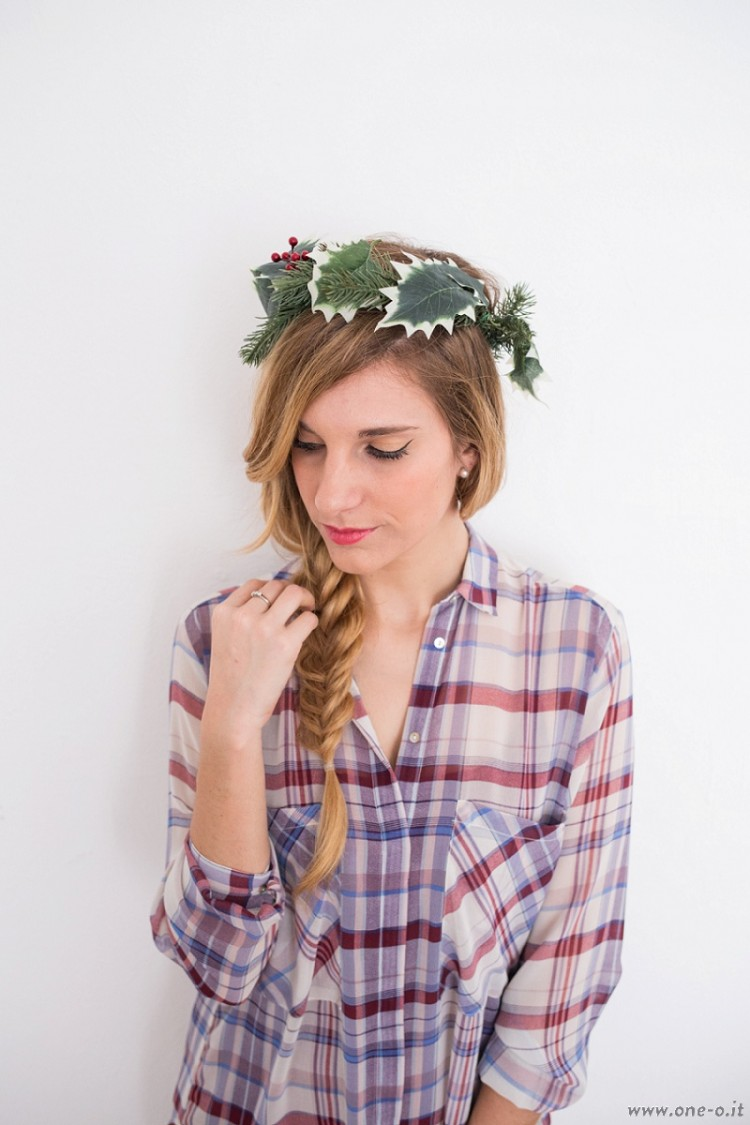 cute diy winter crown for your holiday party - styleoholic