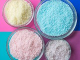 diy-colorful-baked-bath-salts-for-christmas-gifts-1