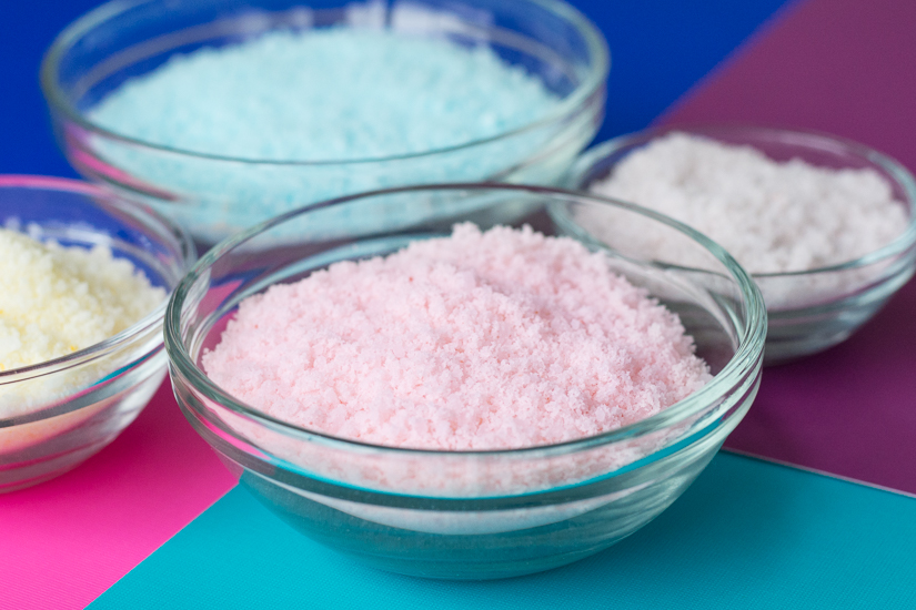 Picture Of diy colorful baked bath salts for christmas gifts  4