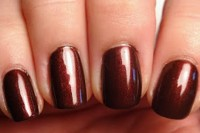 fancy-diy-burgundy-and-bow-manicure-2