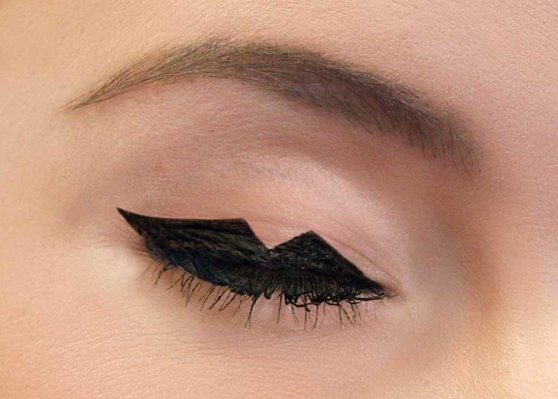 Picture Of fun and fancy diy feline flick inspired winged eyeliner look  5