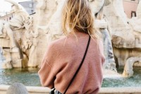 how-to-tuck-in-oversized-sweaters-18-perfectly-stylish-looks-15