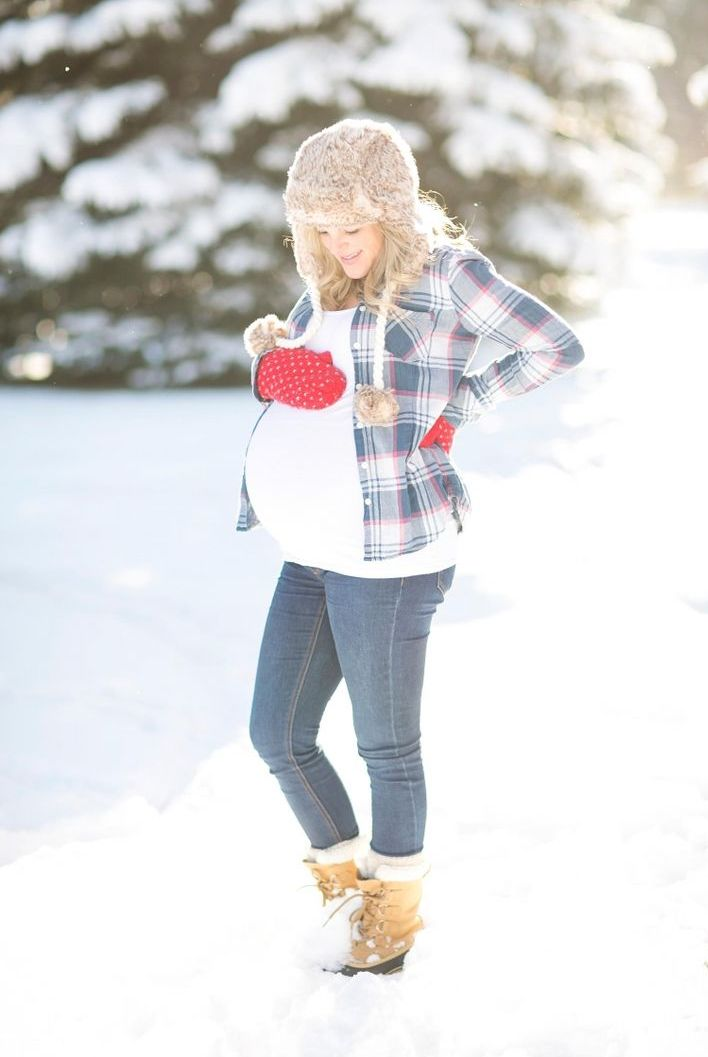 picture of maternity winter outfits to enjoy the season 13